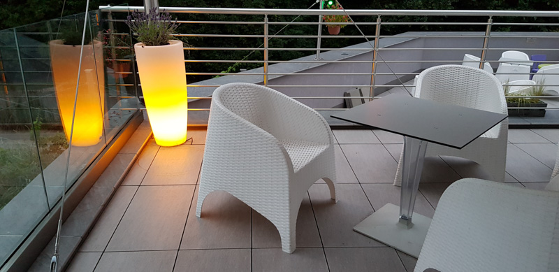 Ventilated terrace from ceramic patio tiles by the restaurant