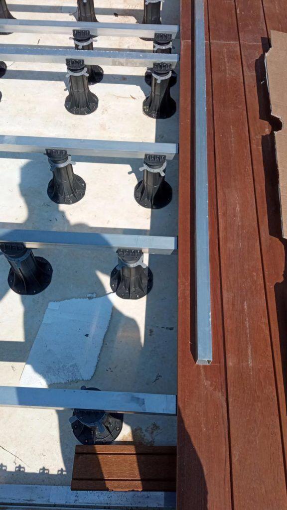 balkon zdesek nawspornikach