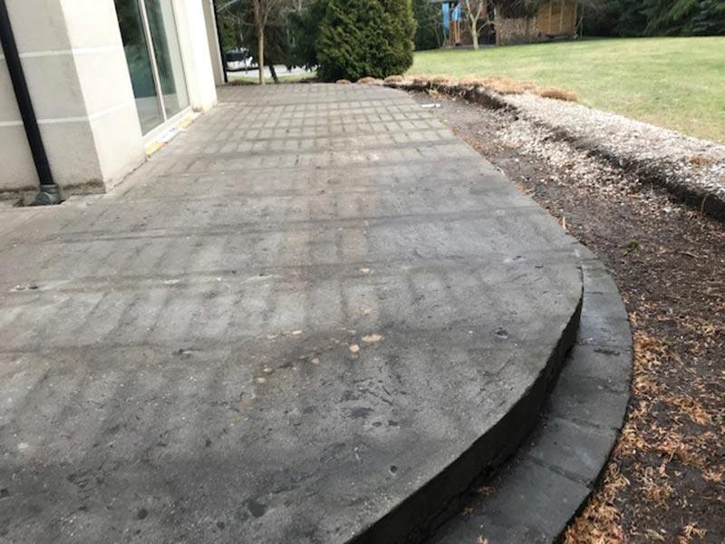 oczyszczona wylewka betonowa przygotowana domontażu okładziny tarasu