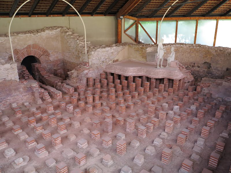 An ancient way of leveling a ventilated raised floor
