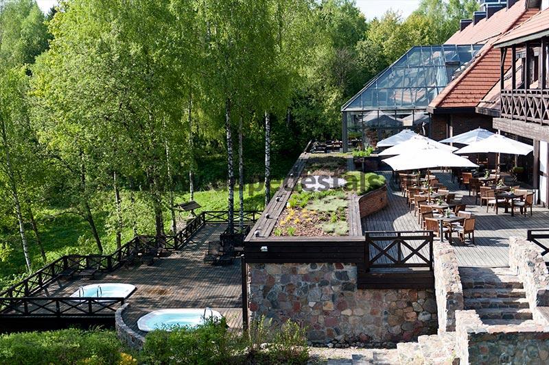 Doppelboden Terrassen-beluftete Terrassen-auf Stelzlager-Fruhling.