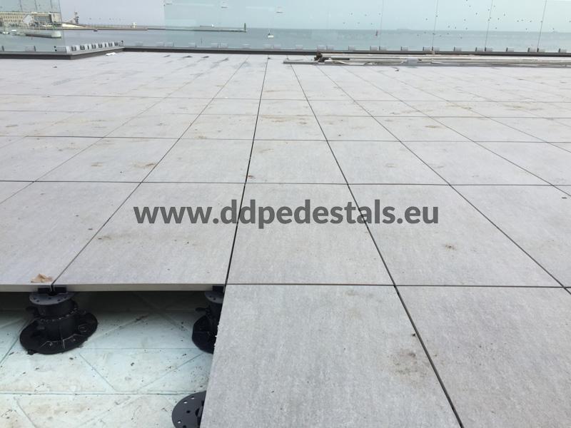 Doppelboden Terrassen-auf Stelzlager-Platze-offentliche Raume.