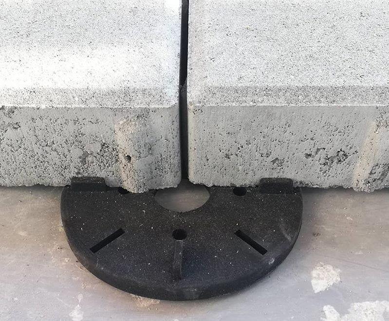 taras zpłyt betonowych napodstawkach tarasowych
