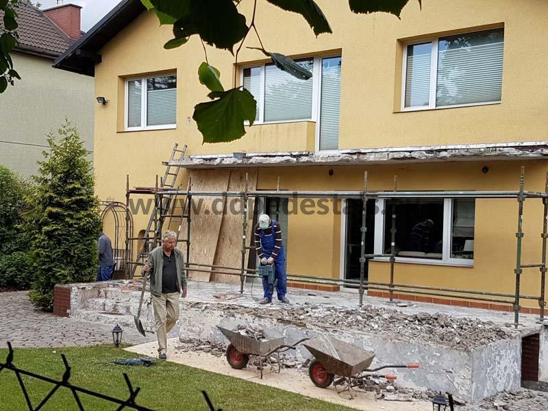 Renovierung der Terrasse, fallende Fliesen,Schmieden