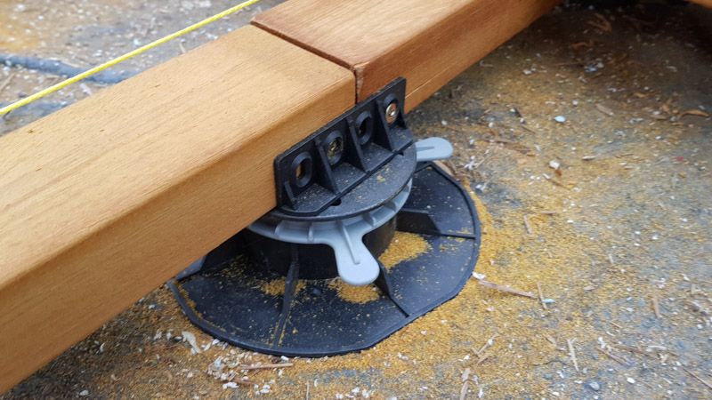 stable attachment of the joist tothe support