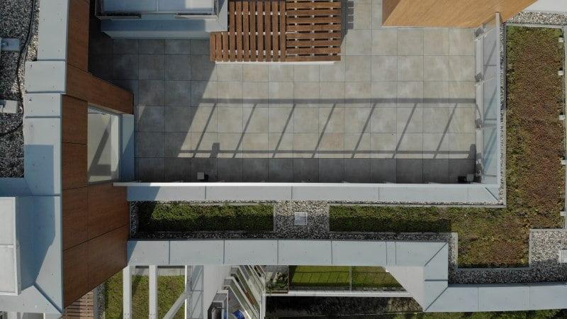 Platten für den Boden oder eine geklebte Terrasse - Vergleich