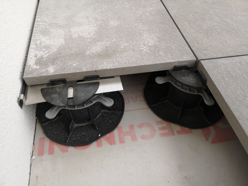 ceramiczne płyty tarasowe 20 mm grubości.