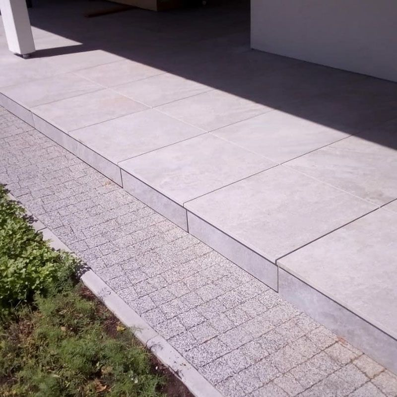 masking the adjustable pedestals under the terrace made of pavers