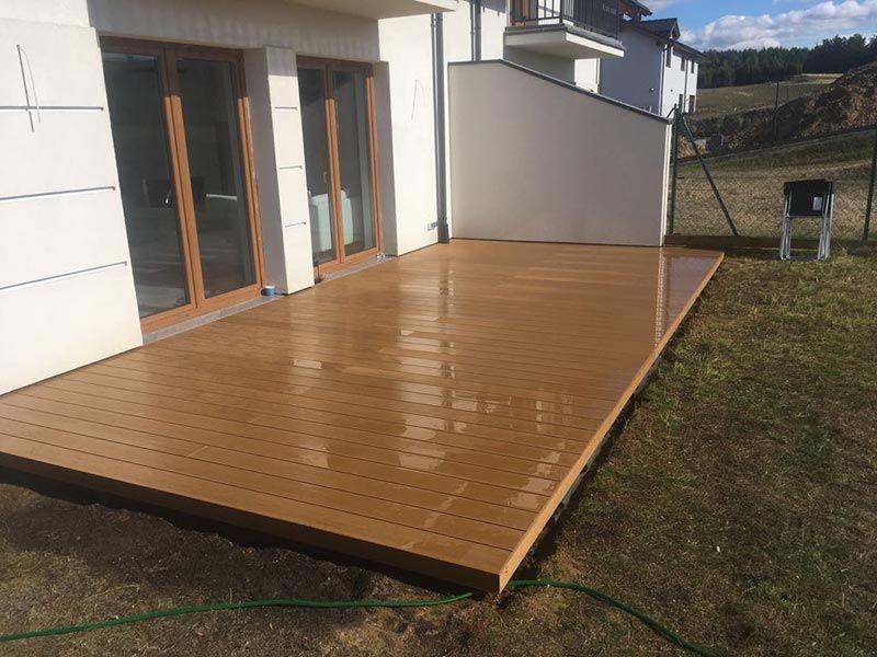 terrasse composite ventilée au sol