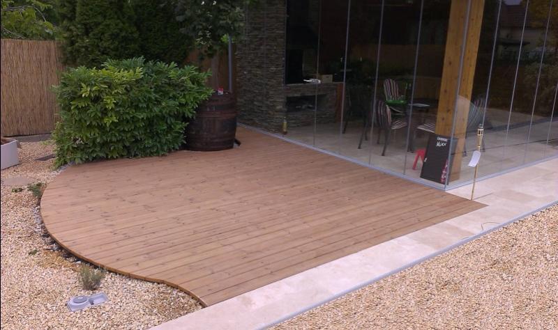 terrasse ventilée au sol en bois