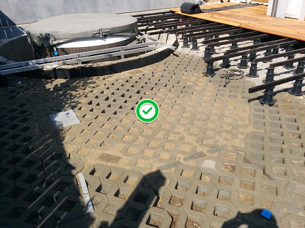 a suitable substrate for a ventilated terrace